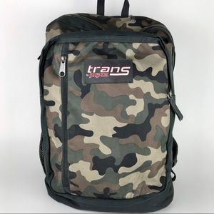 🎅🏻TRANS by Jansport Camo backpack
